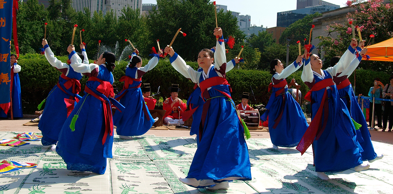 X large korean sword dance jinju geommu 09